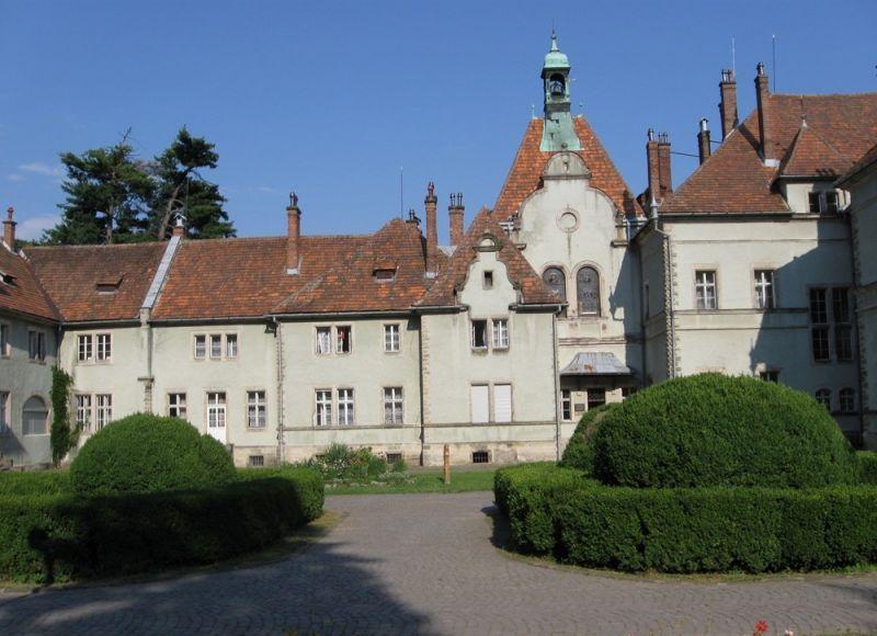 замок Шенборнів